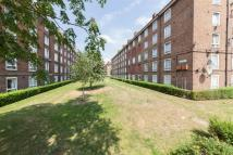 3 bedroom Flat to rent in Dawes House SE17