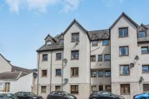 Flat to rent in Kings Court South...