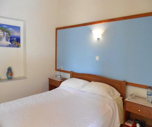 Upper 2nd bedroom