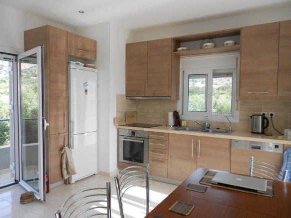 Fitted kitchen