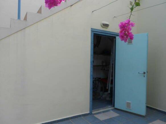 External store room