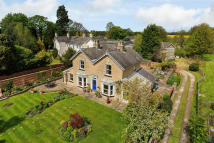 4 bed Detached property in High Street, Boston Spa...