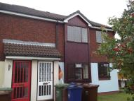 Flat to rent in Sidon Hill Way...