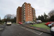 3 bedroom Flat to rent in Norwood Park, Glasgow