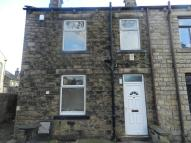 2 bed End of Terrace home in Fenton Street, Mirfield...