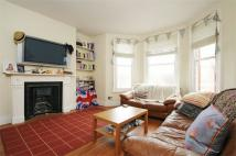3 bed Flat to rent in Marius Road, Balham...