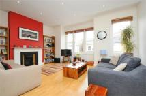 4 bed Flat to rent in Rowfant Road, Balham...