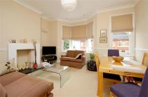 Flat to rent in Laitwood Road, Balham...