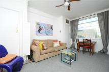 1 bedroom Flat in Balham High Road, Balham...