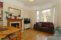 Flat in Poynders Road...