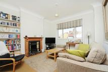 2 bed Flat for sale in Sternhold Avenue...