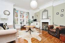 Flat for sale in Louisville Road, Balham...