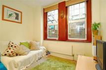 3 bed Maisonette in Weir Road, Balham, London
