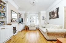 Hydethorpe Road Terraced property to rent