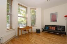 1 bedroom Flat in Bedford Hill, Balham...