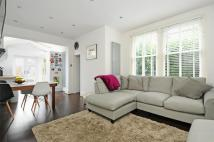 3 bed Maisonette for sale in Dornton Road, Balham...