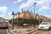 2 bedroom Maisonette in Salford Road...