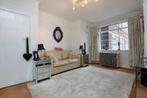 Flat for sale in Balham High Road, London