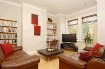 Flat in Cargill Road, Earlsfield...