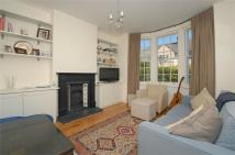 Maisonette to rent in Swaby Road, Earlsfield...