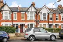 Ravensbury Road Maisonette to rent