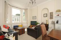 2 bed Detached house in Earlsfield Road...