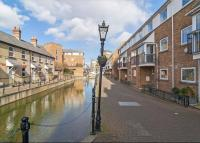 4 bedroom Terraced property in Albert Mews, Limehouse...