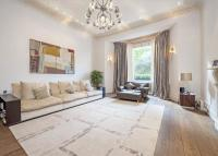 3 bedroom Flat for sale in Redcliffe Square...