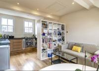 Flat in Upcerne Road, Chelsea...