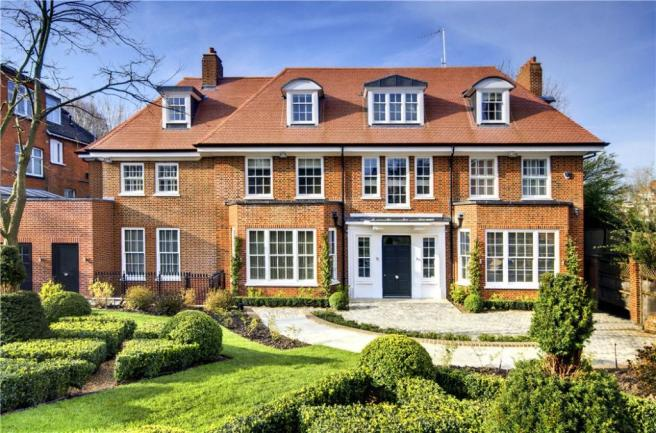 Front. 10 bedroom detached house for sale in Bracknell Gardens  London
