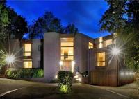 6 bed Detached property for sale in Mill Hill, London, NW7