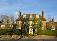 6 bed Detached house for sale in Wildwood Road, London...