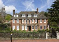 6 bedroom Detached home for sale in Templewood Avenue...