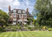 7 bed Detached house for sale in South Square, London...