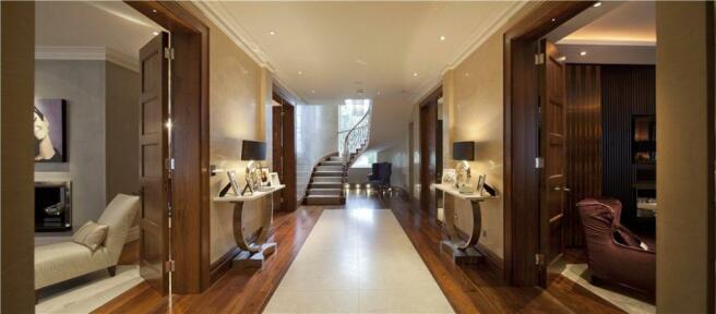 Hallway, Nw11