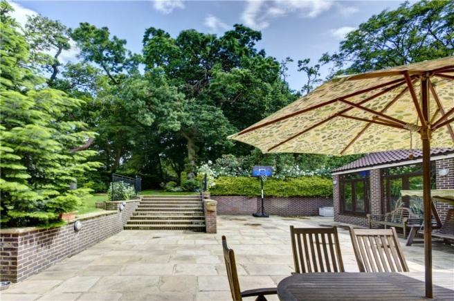 Hampstead: Garden 3