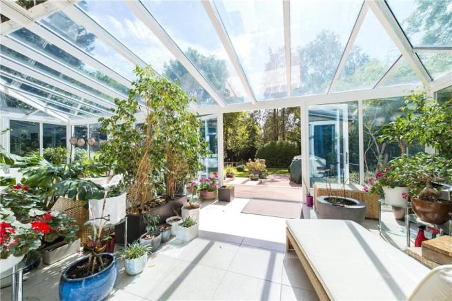 Conservatory Nw4