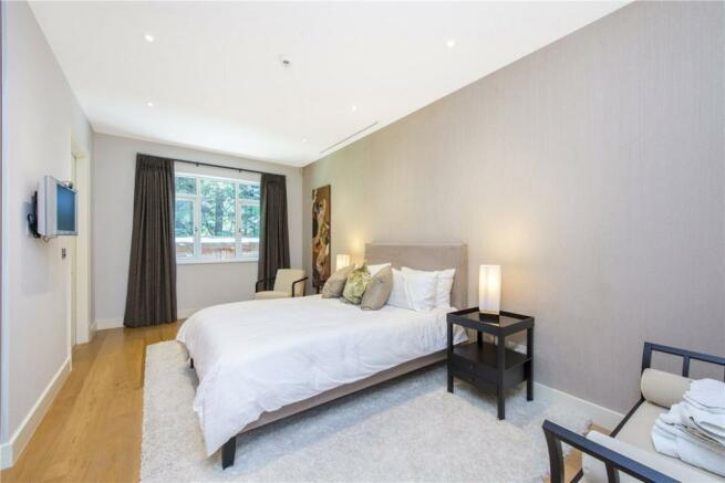 Bedroom Nw4