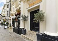 Flat for sale in Palace Gate, Kensington...