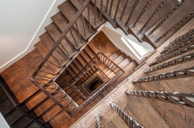Stairs W8