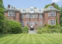 Detached house in Campden Hill, Kensington...