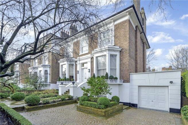 6 Bedroom Detached House For Sale In Addison Crescent Holland