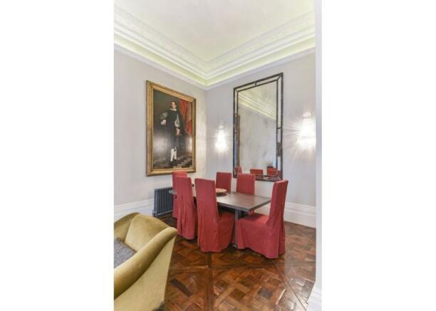 Dining Area W8