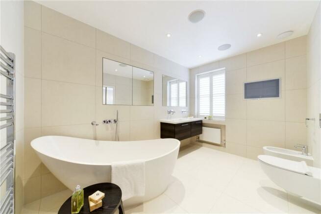 Bathroom W14
