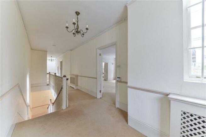 Hallway W11