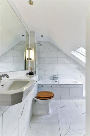 Bathroom W14