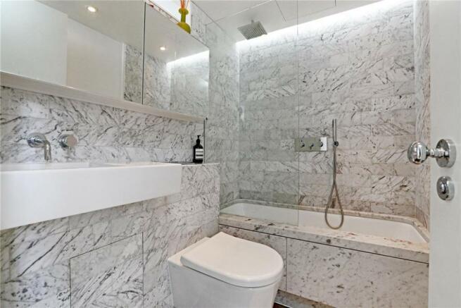 Soho: Bathroom