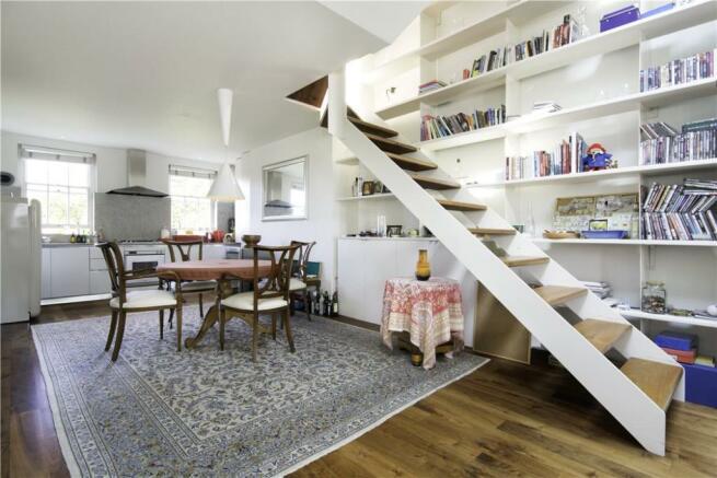 Kitchen/Dining, W11