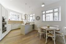 3 bed home in Garden Mews...