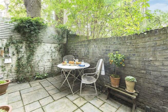 Garden, W2
